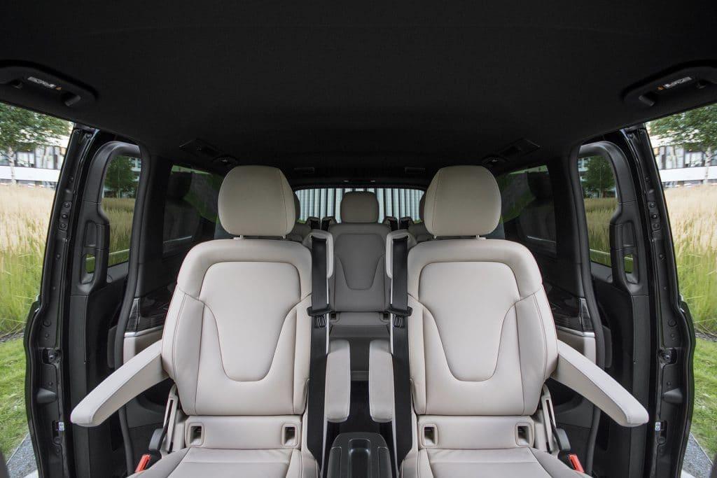 Mercedes-Benz V250d Extra Long Avangarde wnętrze